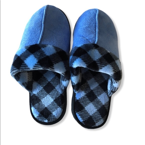 Vera Bradley Women's Cozy Slippers, Scuffs…